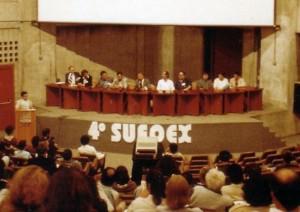 En el 4º Simposio de UFOlogia y Exobiologia SUFOEX. 12 y 13 de Octubre de 1991 (Centro de Convenções Rebouças, São Paulo, Brasil).